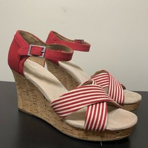 NEW TOMS Strappy Cork Wedge Heel - Size 10